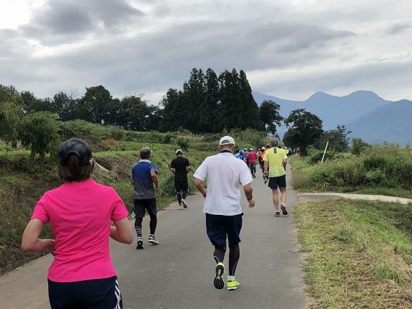 山道を走る