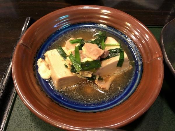 黒ふね肉豆腐