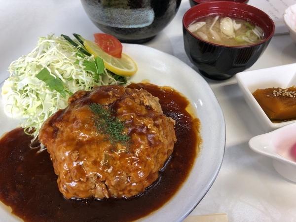 鶴一ハンバーグ定食デミグラス