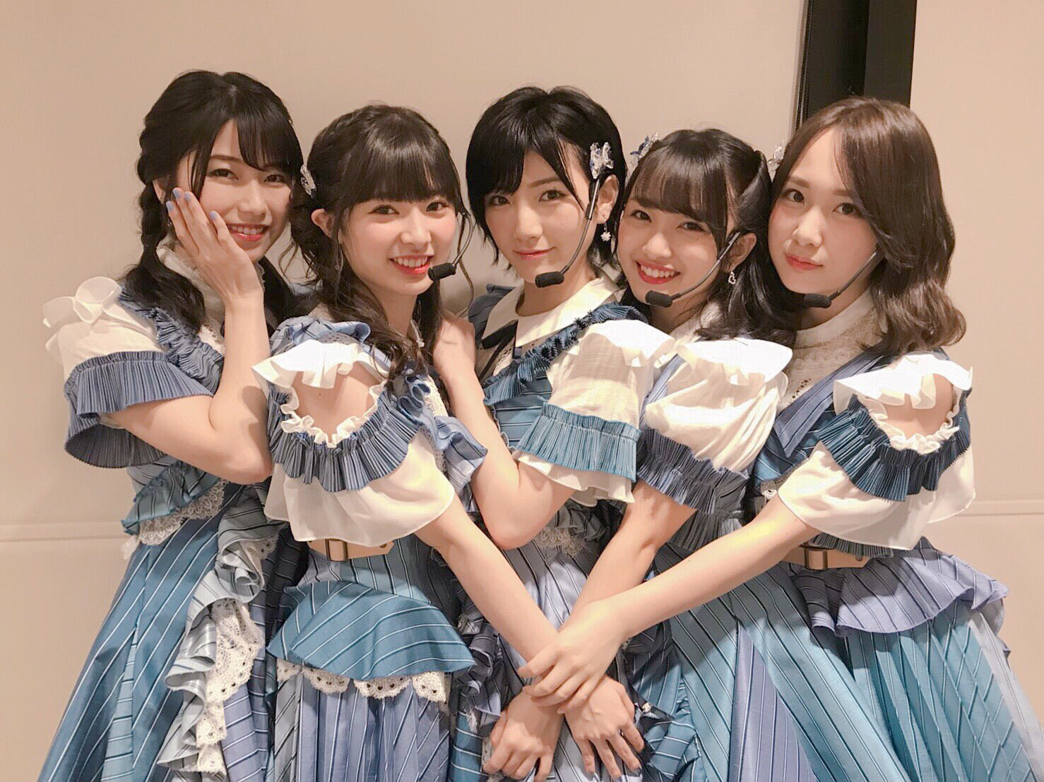 AKB48-1.jpg