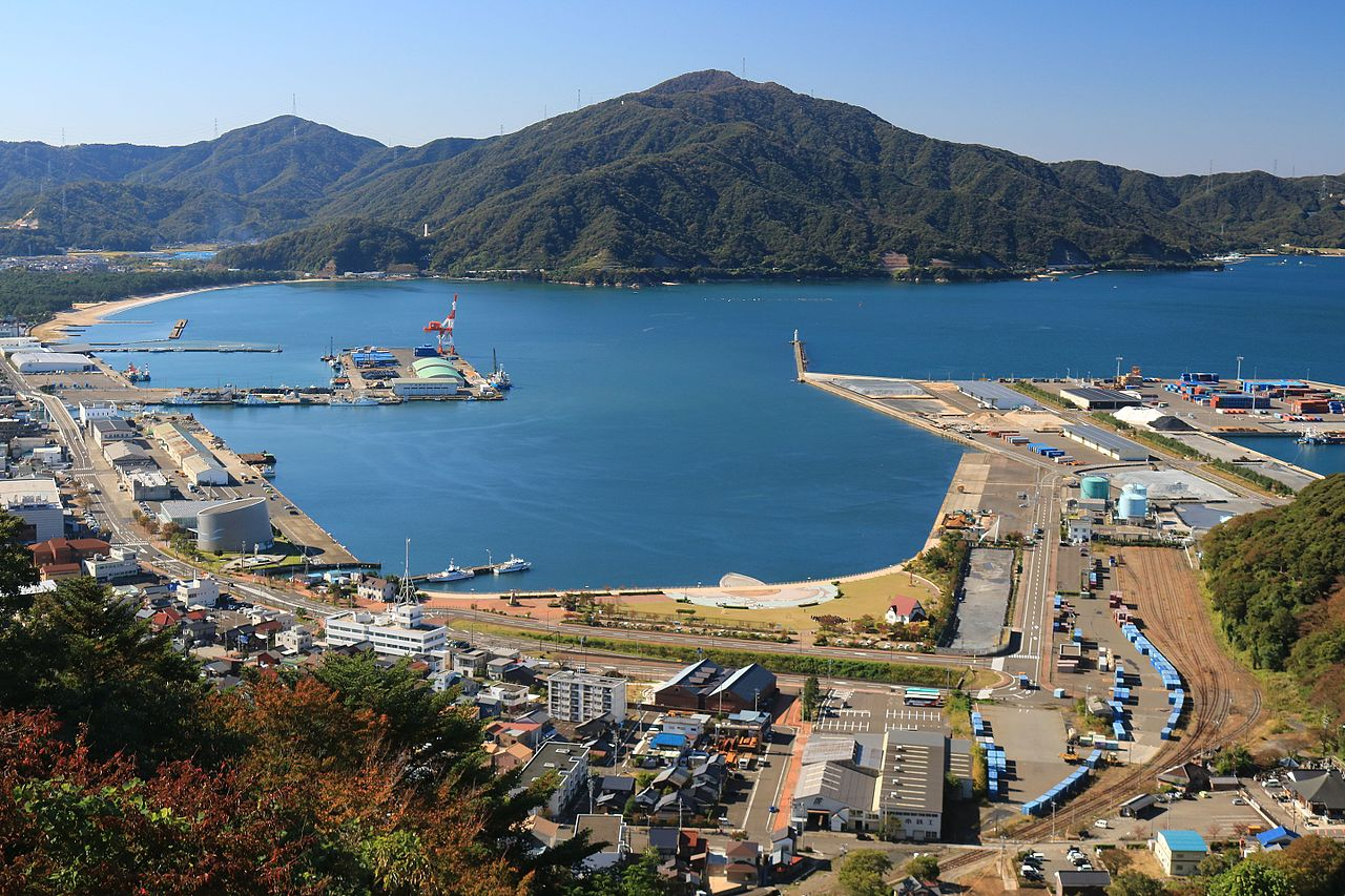 Port_of_Tsuruga.jpg
