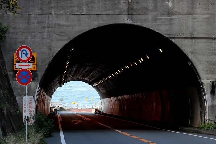 トンネルs