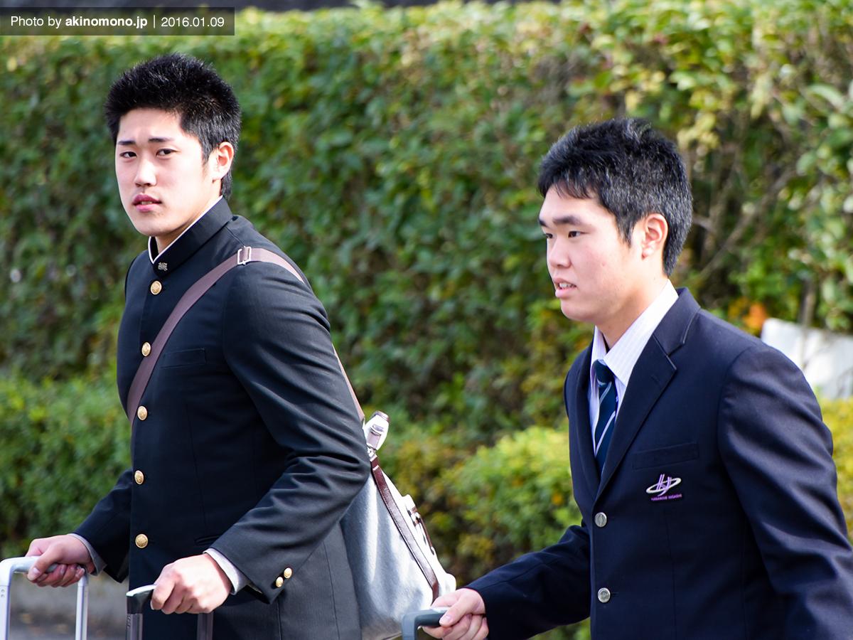 青木陸選手と高橋樹也投手