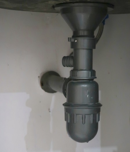 drain leakage (20)
