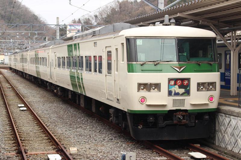 特急「踊り子」(485系) 修善寺駅で 200225