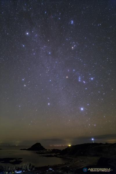 相模湾に昇る冬の星座