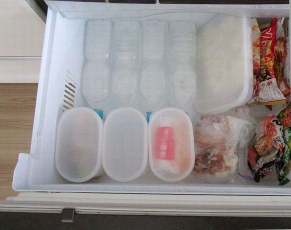 冷蔵庫冷凍室 ペットボトル氷