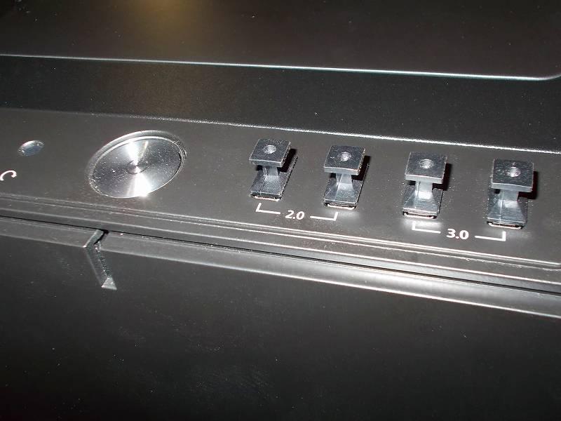 第 3 世代 Ryzen CPU(Zen 2) 自作 PC 組立、PC ケース Fractal Design Define R5 組み込み・セットアップ作業、アイネックス コネクタカバー セット DC-101A 装着、PC ケース Fractal Design Define R5 USB フロントポート、USB(A タイプ)用 - 4個