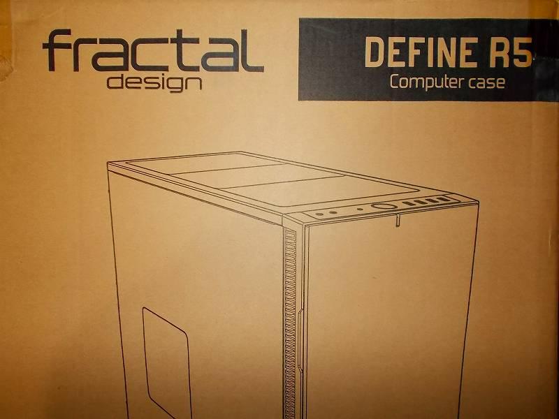 第 3 世代 Ryzen CPU(Zen 2)でこだわりの自作 PC を構成!PC パーツ購入編、第 3 世代 Ryzen CPU(Zen 2) 自作 PC メインパーツ構成リスト、PC ケース Fractal Design Define R5 ブラック 購入