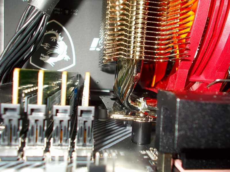 第 3 世代 Ryzen CPU(Zen 2)でこだわりの自作 PC を仮組!テストベンチ動作確認編、メモリ Crucial DDR4-3200 CT2K16G4DFD832A 2枚 A1・B1 スロットに増設(合計 4枚、64GB)後