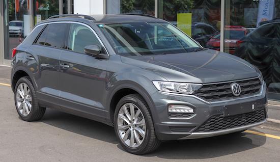 2018_Volkswagen_T-Roc_Front_(2).jpg