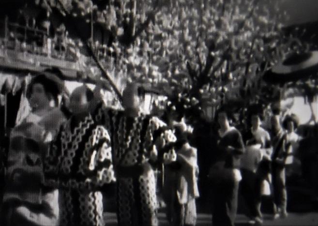19 9位 「歌麿をめぐる五人の女」溝口健二監督1946年 (1)