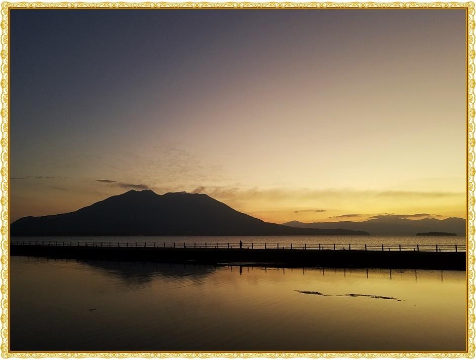 桜島 夜明け前