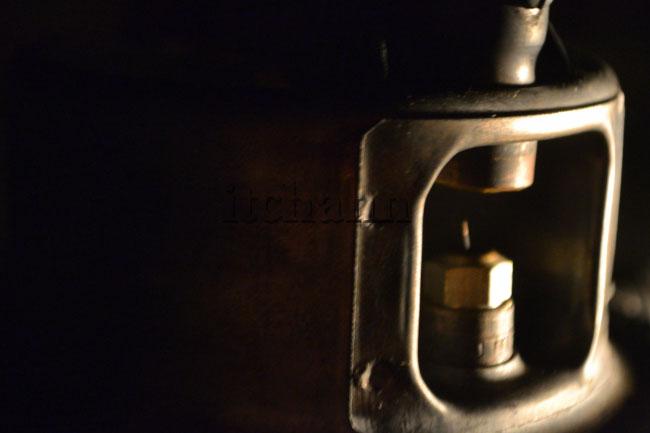 何がなんでもキャンプだし ペトロマックス 821HK250 クリーニングニードル ニップル 不調 点灯しない 久保キャンプ場 ソロキャンプ リペア ケロシンランタン