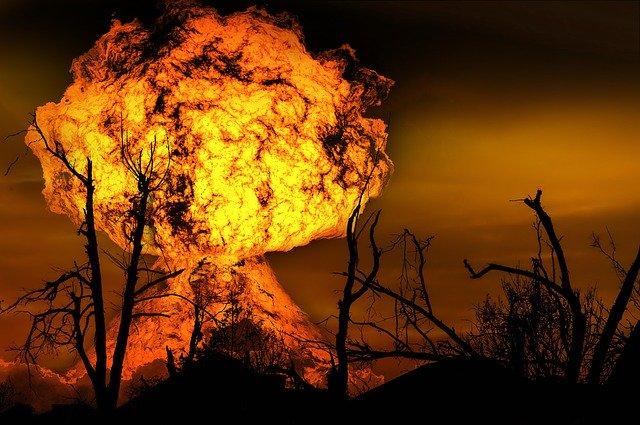 何がなんでもキャンプだし 青根キャンプ場 ソロ キャンプ ペトロマックス 821HK250 リバティ マントル クリーニングニードル リペア 炎上