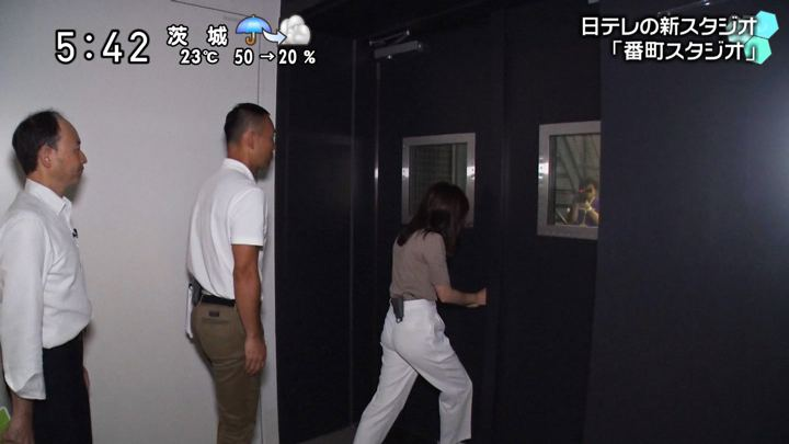 2019年10月06日岩田絵里奈の画像06枚目