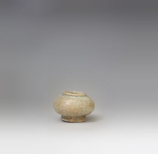 李朝初期堅手小壺