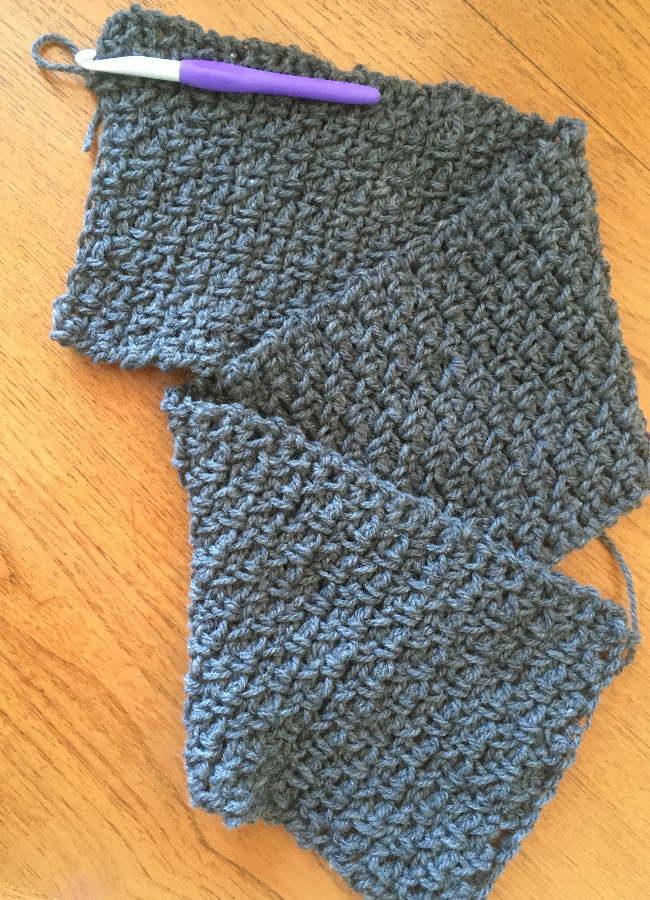 3玉で編めるかぎ針編みスヌード2玉