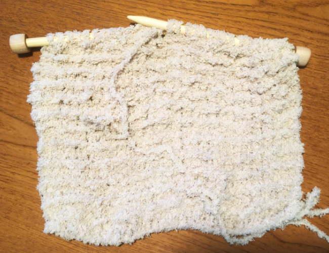 かぎ針編み初心者さん簡単もふもふ毛糸でスヌード