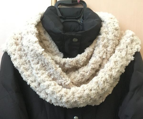 かぎ針編みもふもふ毛糸でスヌード二重