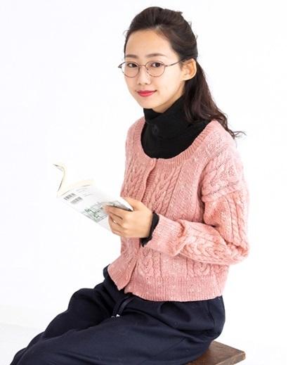 棒針編み中細手編み毛糸ピエロ純毛段染め無料編み図カーディガン