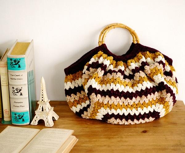 モールヤーンかぎ針編みバッグ無料編み図