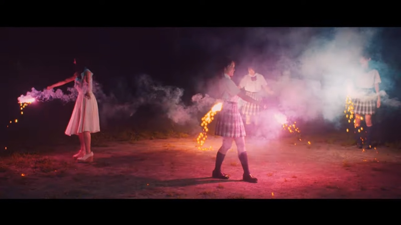 『One Summer Night ~真夏の決心~』MV24