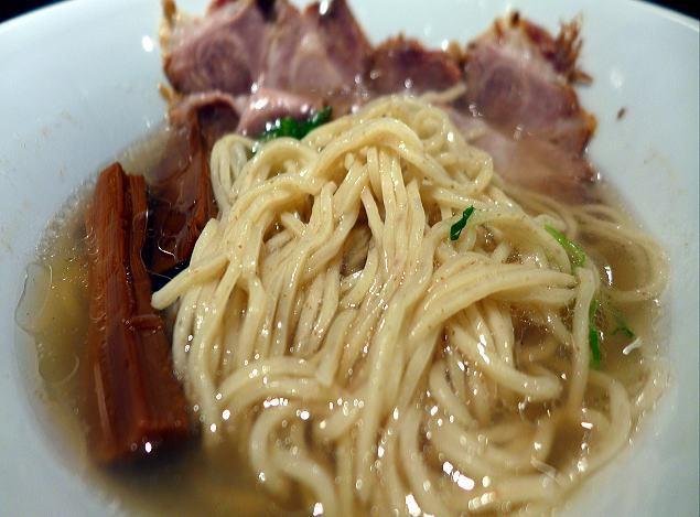 河内の中華蕎麦 風かおる麦かおる時かおる@01河内の潮ラーメン 3