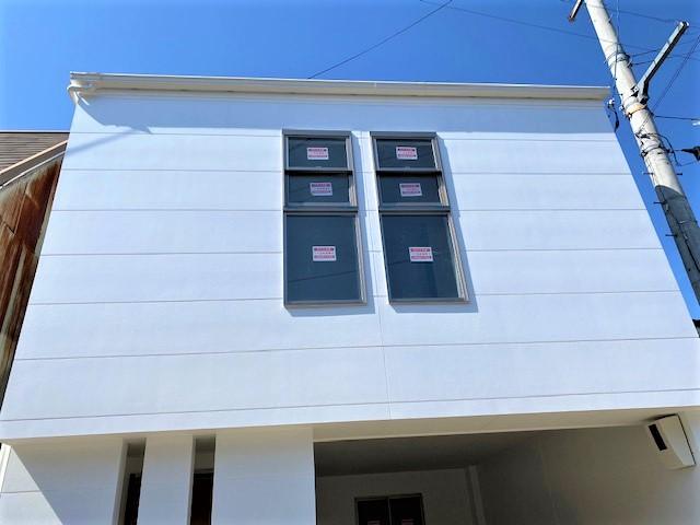 外壁,無塗装サイディング,白い家,水性シリコン