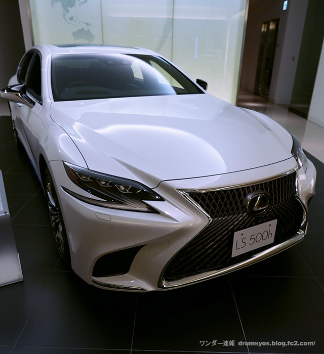 LexusLS500hvL22_201910131115067ee.jpg