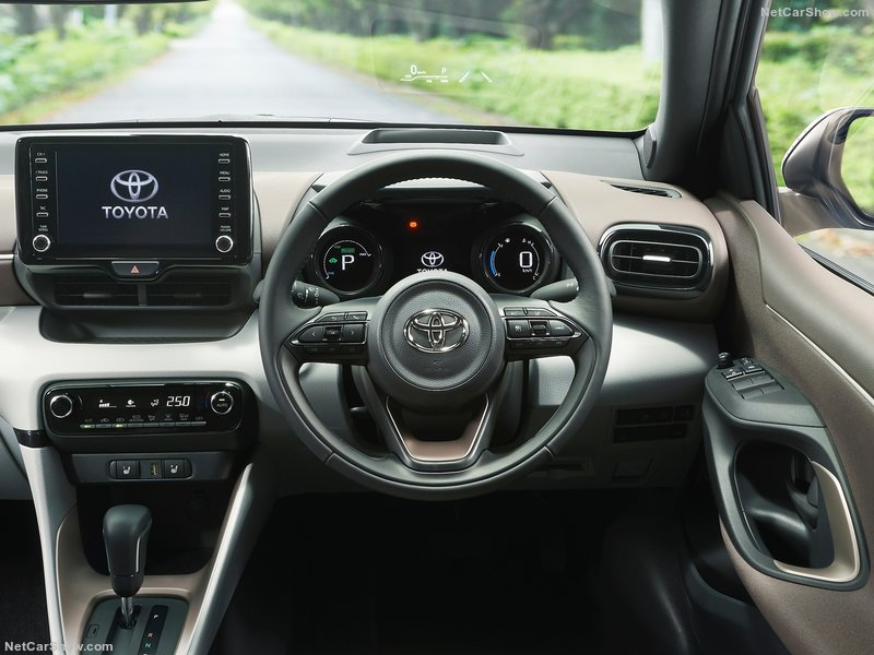 Toyota-Yaris-2020-800-15.jpg