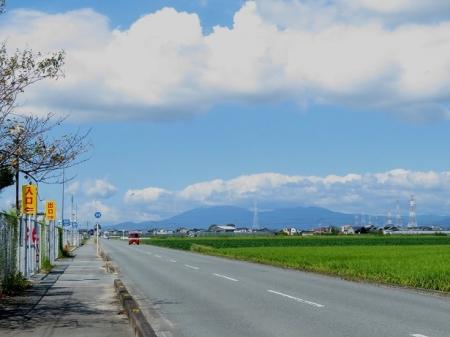 天山と雲 2019-09-16 001