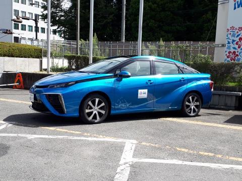 燃料電池車1