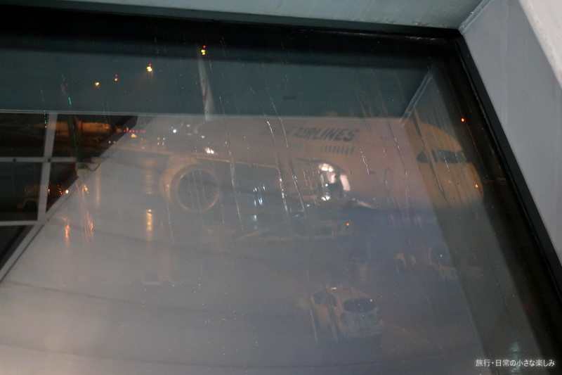 JL728 機内食 タイミング