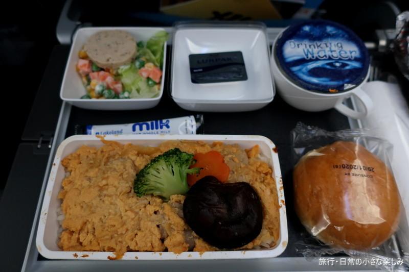 SQ620 A350-900 シンガポール航空 機内食 旧正月