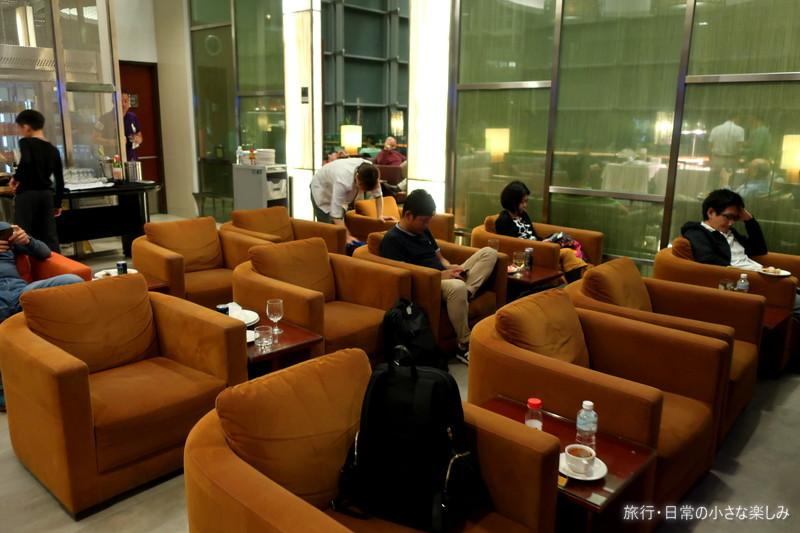 シンガポール・チャンギ スタアラゴールドラウンジ 第3ターミナル