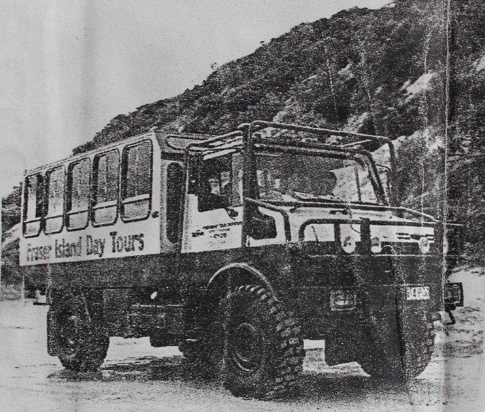 ウニモグツアーバス