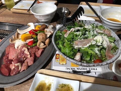 鶏焼肉料理4