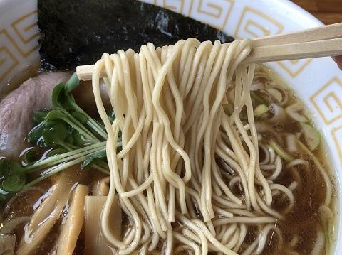 醤油ラーメン麺