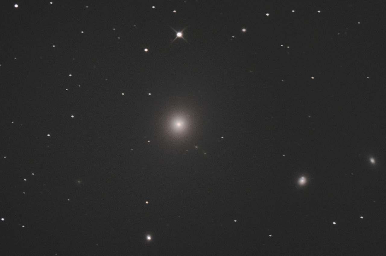 M87 親玉銀河 2020年3月 トリミング