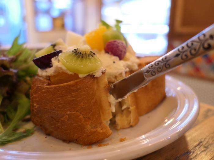 季節のフルーツトースト