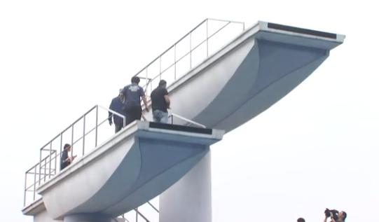 福山市 ローズアリーナ飛び込み台