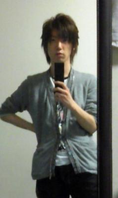 進藤悠介(32)