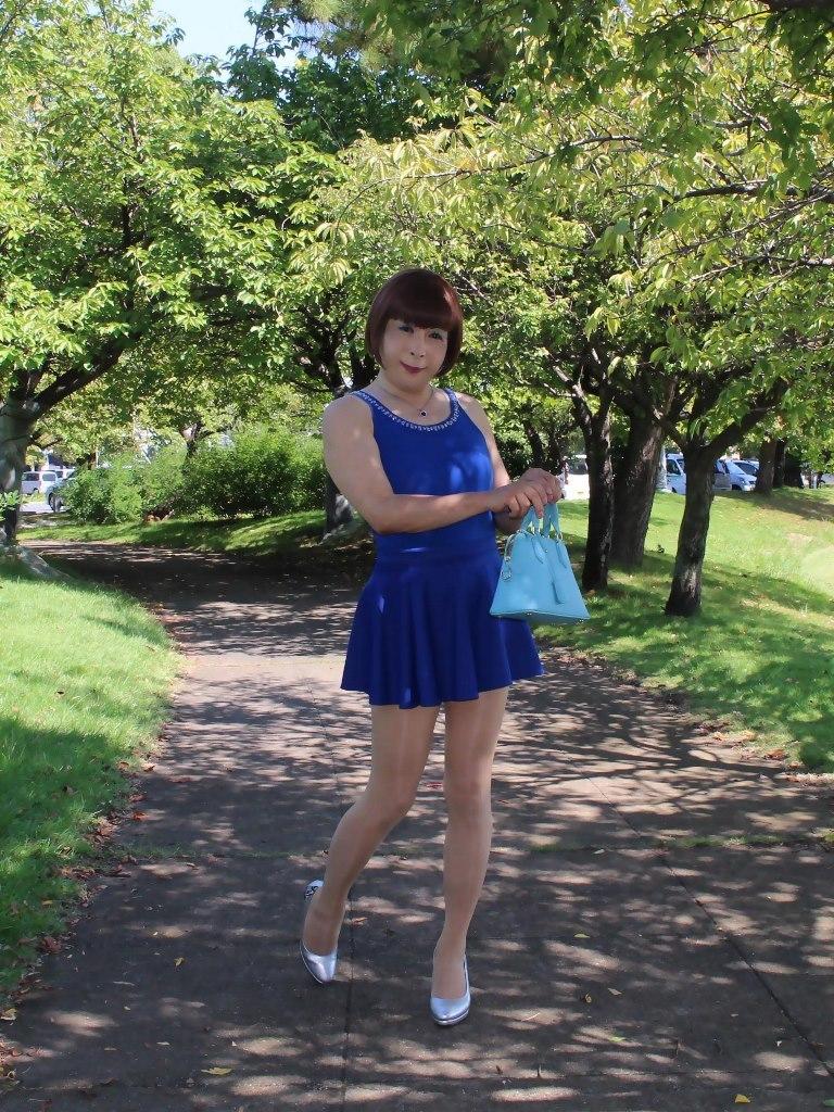 青タンクトップ青フレアミニA(2)