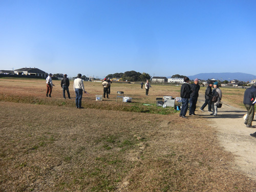 15日自由機競技開始