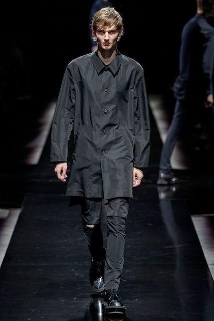 UNDERCOVER_2020SS_Men_s_Collection_runway_gallery-24.jpg
