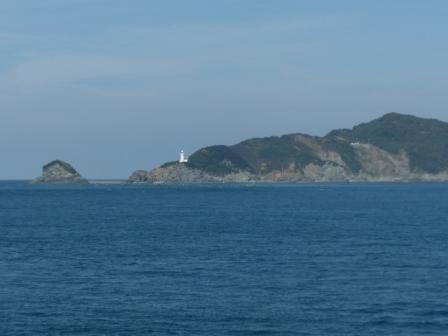 フェリーからの眺め 1 佐田岬灯台