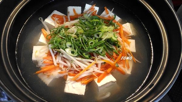 野菜もたくさん食べられる湯豆腐