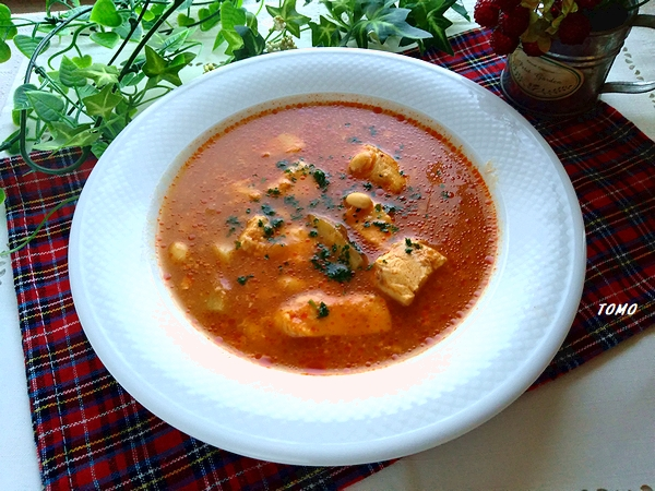 炊飯器とトマトソースでゴボウと鶏肉のトマトソース