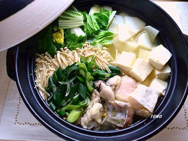 魚介のコンソメ生姜鍋